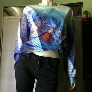 NWT The Red-eyed Blue Snake pullover sweater M